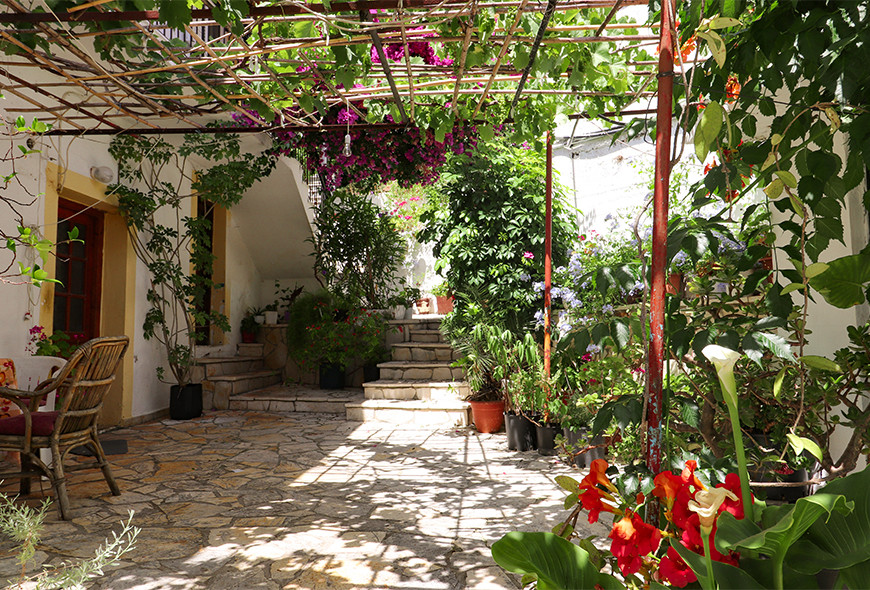 Antigoni Apartments Kassiopi Corfu Greece Entrance