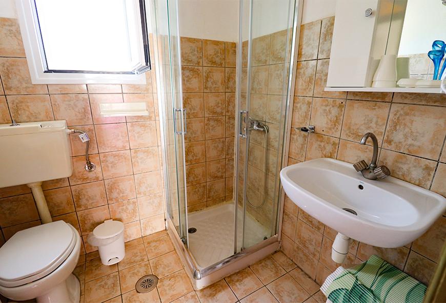 Antigoni Apartments Kassiopi Corfu Greece Bathroom