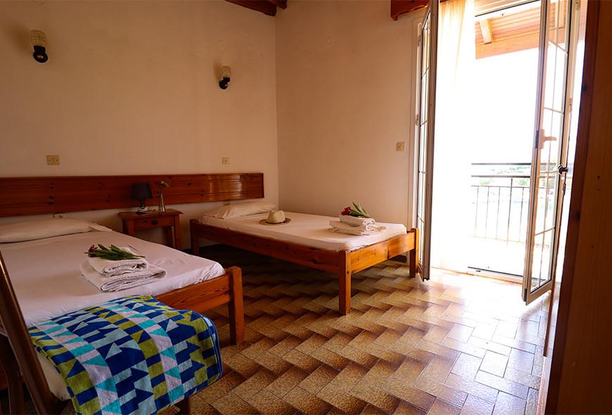 Antigoni Apartments Kassiopi Corfu Greece Beds