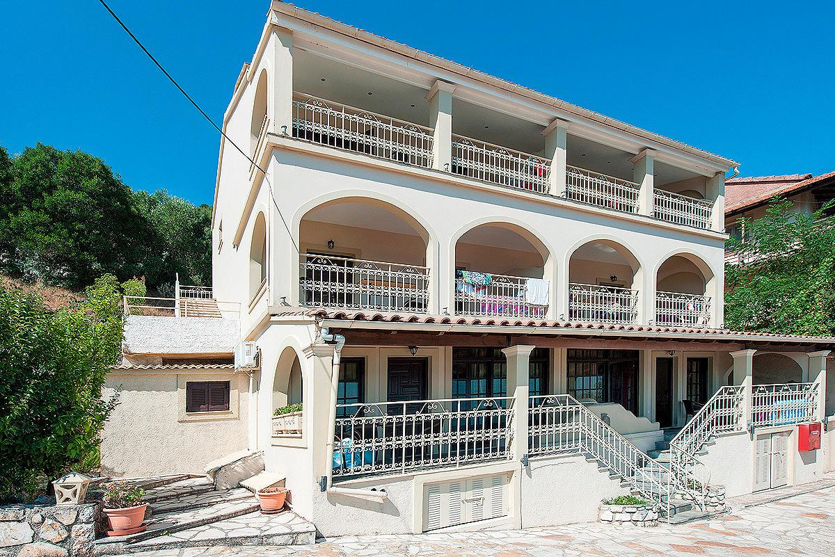 Dimitrios Apartments Building Kassiopi Imerolia Corfu Greece