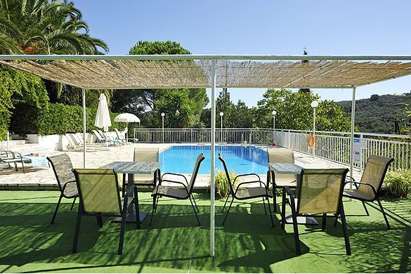 Cochelli Villas Outisde Seating Area Corfu Greece Avlaki