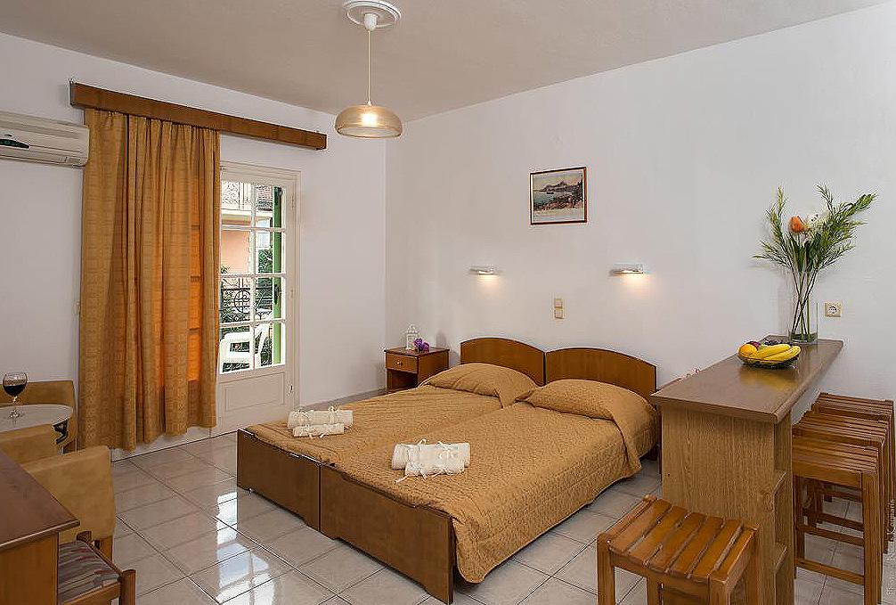 Philippos Apartments Bedroom Kassiopi Corfu GReece