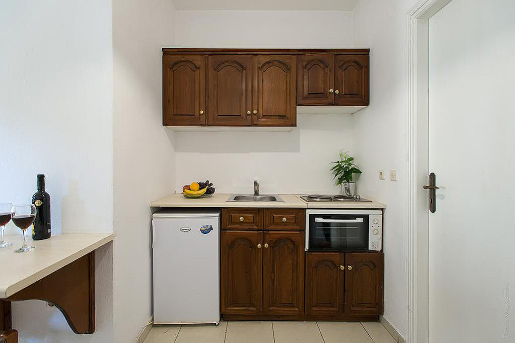 Philippos Apartments Kitchen Kassiopi Corfu Greece