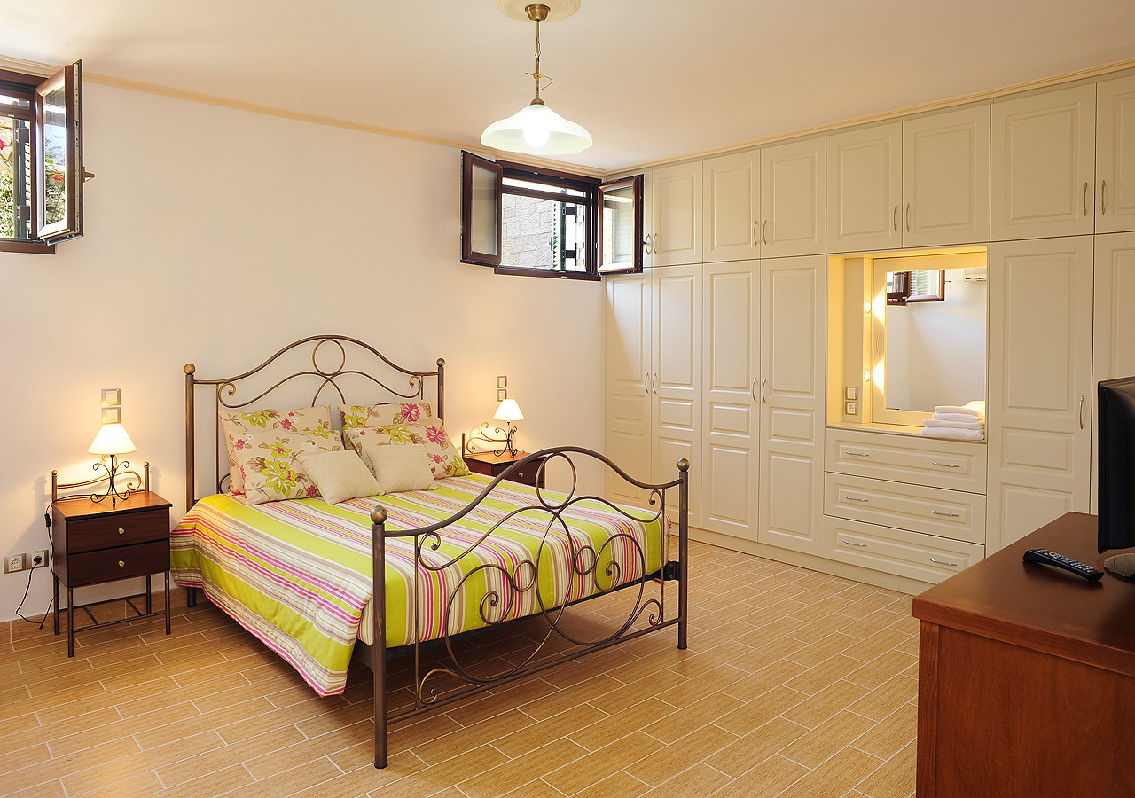 Villa Argyro Double Bedroom Kassiopi Corfu Greece