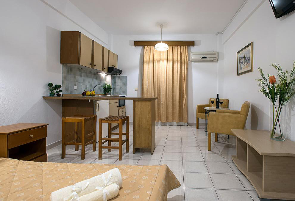 Philippos Apartments One Bedroom Kassiopi Corfu Greece