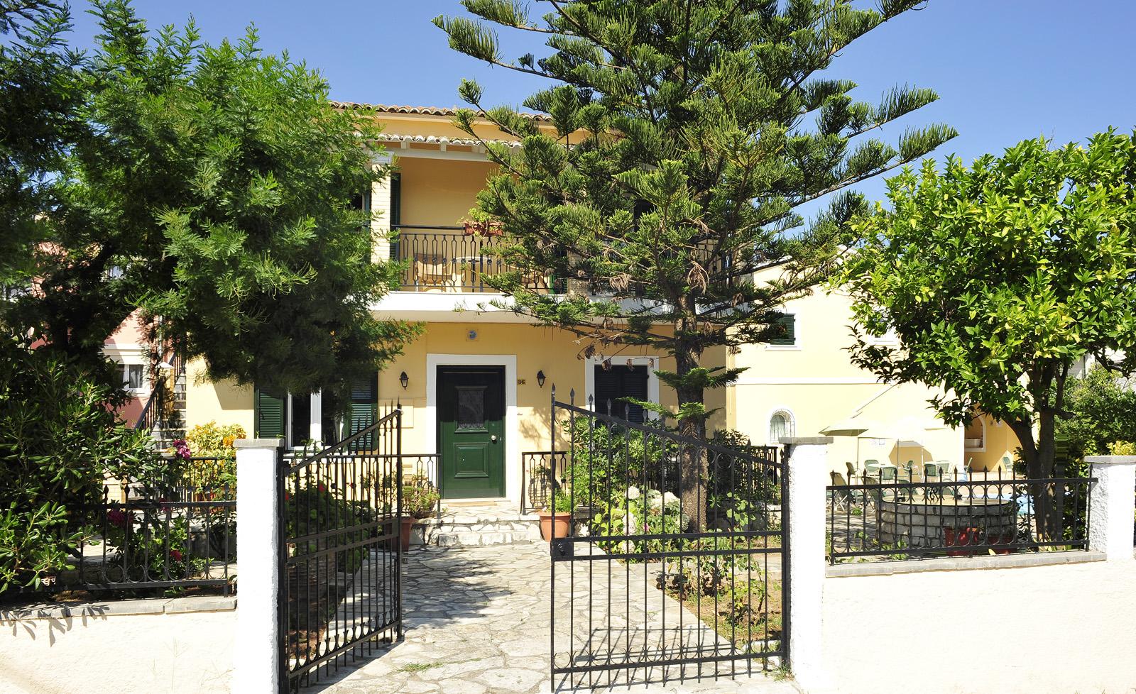 Ariti Apartments Kassiopi Exterior Corfu Greece