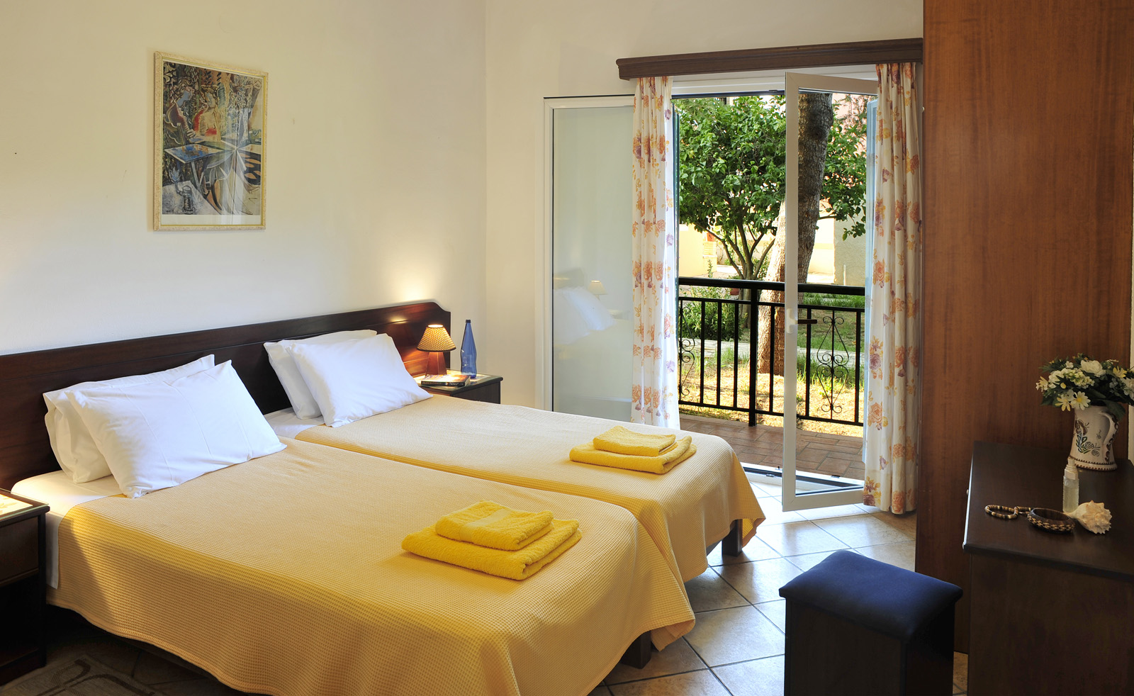Ariti Apartments Bedroom Kassiopi Corfu Greece